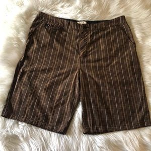 MENS HURLEY BROWN PLAID CASUAL SHORTS SIZE 38